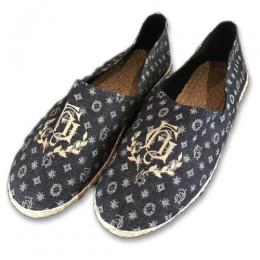 "GH - ROOM SHOES ""TYPE-1"" (FAMILY CREST PRINT)"