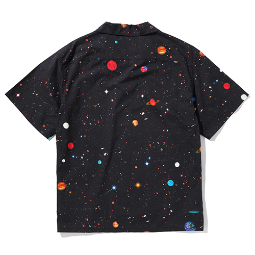 PRINTED S/S SHIRT 〈SPACE〉
