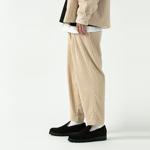 Random Corduroy 2 Tuck Easy Pants