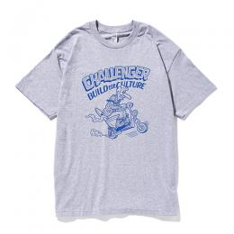 xSKETCH RUSHING RIDER TEE